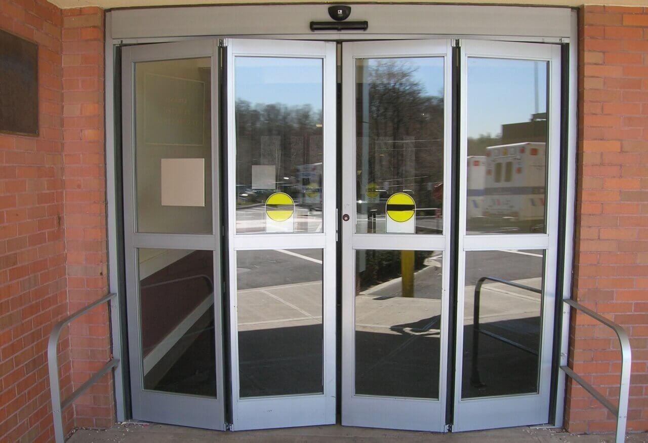 Двери входные - фото с сайта Коктем Дизайн