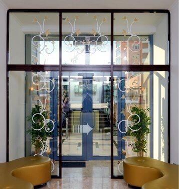 Двери стеклянные, раздвижные в Астане