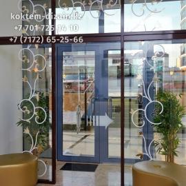 Раздвижные двери для входа от Коктем Дизайн