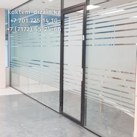 Стеклянные перегородки для бутика от Коктем Дизайн